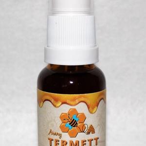 Propolisz spray, Élelmiszer, Méz & Propolisz, Élelmiszer előállítás, Méhészetünkben gyűjtött propolisz gyógyszertári alkoholban oldott 20 ml propolisz tinktúra adagoló p..., Meska