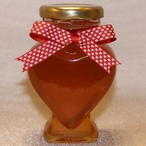 Szív köszönőajándék, Esküvő, Emlék & Ajándék, Élelmiszer előállítás, Fotó, grafika, rajz, illusztráció, Szív alakú üvegcsében termelői méz. \nA méz egy igazán édes köszönőajándék ami nem csak finom, de egé..., Meska