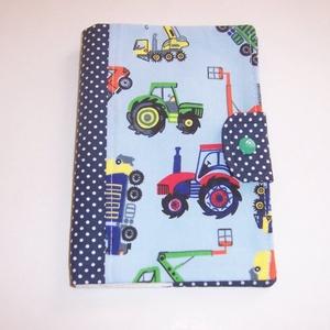 Készlet kisöprés! Egészségügyi kis könyv borító textilből traktoros (textilcseppek) - Meska.hu