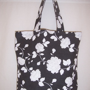 Fekete virág mintás táska rövid füllel (textilcseppek) - Meska.hu
