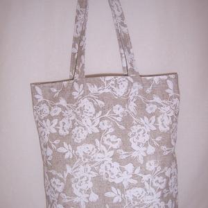 Drapp virágmintás táska , Táska, Divat & Szépség, NoWaste, Táska, Válltáska, oldaltáska, Varrás, Drapp alapon fehér virág mintás vastagabb vászonanyagból készítettem ezt a táskát.  Oldalán és aljá..., Meska