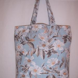 Kék fehér virág mintás táska normál füllel  (textilcseppek) - Meska.hu