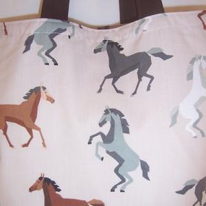 Ló mintás táska barna  (textilcseppek) - Meska.hu