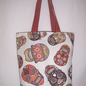 Koponya mintás táska , NoWaste, Bevásárló zsákok, zacskók , Táska, Divat & Szépség, Táska, Szatyor, Válltáska, oldaltáska, Varrás, Színes koponya mintás vastagabb vászonanyagból készítettem ezt a táskát.\n\nOldalán és alján dupla var..., Meska