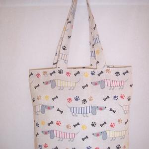 Tacskó mintás táska , NoWaste, Táska, Divat & Szépség, Táska, Szatyor, Válltáska, oldaltáska, Varrás, Színes tacskó mintás vastagabb vászonanyagból készítettem ezt a táskát.\n\nOldalán és alján dupla varr..., Meska