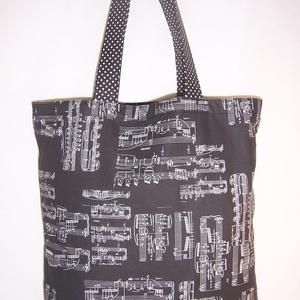 Kotta mintás táska fekete , NoWaste, Bevásárló zsákok, zacskók , Táska, Divat & Szépség, Táska, Szatyor, Válltáska, oldaltáska, Varrás, Kotta mintás 100 % vékony vászon anyagból készült ez a táska!\n\nOldalán és alján dupla varrással erős..., Meska