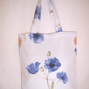 Fehér kék virágos kis táska  (textilcseppek) - Meska.hu