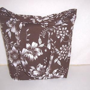 Nagyméretű barna fehér virágmintás táska  (textilcseppek) - Meska.hu