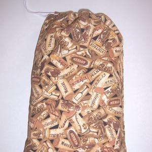 Kenyeres zsák férfiaknak PUL béléssel dugó mintás, Kenyeres zsák, Bevásárlás & Shopper táska, Táska & Tok, Varrás, Szeretnéd a konyhában is kiváltani a műanyag zacskókat?\nTárold a kenyeret, pékárút textilzsákban PUL..., Meska