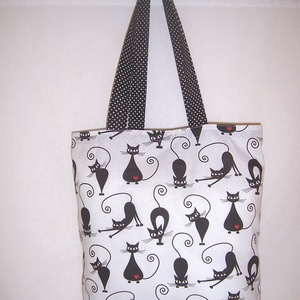 Fekete cica mintás táska fehér , Shopper, textiltáska, szatyor, Bevásárlás & Shopper táska, Táska & Tok, Varrás, Fehér alapon fekete cica mintás 100 % vékony vászon anyagból készítettem ezt a táskát!\n\nPöttyös füll..., Meska