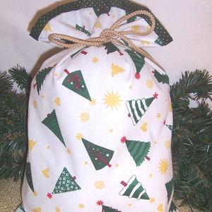 Ajándék átadó textilzsák zöld fenyőfa, Otthon & Lakás, Karácsony & Mikulás, Karácsonyi csomagolás,  Sok ajándékot kell csomagolnod karácsonykor? Vagy szeretnél egy különleges csomagolást. Válassz egy..., Meska
