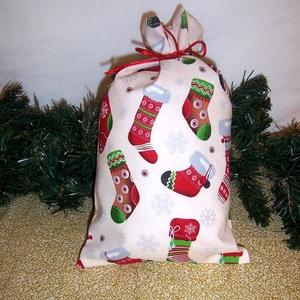 Mikulás zsák krém színű csizmás, Karácsony & Mikulás, Mikulás, Varrás, Hagyományőrző vagy!\n\nSzeretnél az ünnepek alatt is figyelni a környezetedre is.\n\nVálassz a műanyag m..., Meska