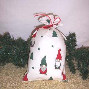Mikulás zsák manós , Karácsony & Mikulás, Mikulás, Varrás, Hagyományőrző vagy!\n\nSzeretnél az ünnepek alatt is figyelni a környezetedre is.\n\nVálassz a műanyag m..., Meska