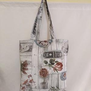 Szürke mintás táska , Táska & Tok, Bevásárlás & Shopper táska, Shopper, textiltáska, szatyor, Varrás, Szürke mintás vastagabb vászonanyagból készítettem ezt a táskát.\n\nOldalán és alján dupla varrással.\n..., Meska