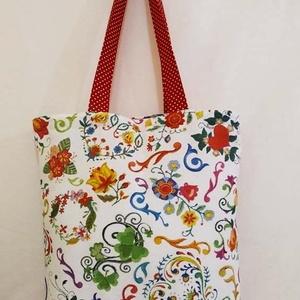 Színes mintás táska , Táska & Tok, Bevásárlás & Shopper táska, Shopper, textiltáska, szatyor, Varrás, Színes mintás vastagabb vászonanyagból készítettem ezt a táskát.\n\nOldalán és alján dupla varrással.\n..., Meska