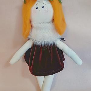 Kézműves játékbaba, Gyerek & játék, Játék, Baba játék, Baba, babaház, Játékfigura, Baba-és bábkészítés, Varrás, Egyedi, kézzel készített, festett baba. Mérete 30 cm. Környezetbarát anyagok felhasználásával. Szere..., Meska