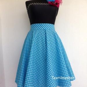Cherryland Design Kék-Fehér  pöttyös rockabilly szoknya., Táska, Divat & Szépség, Női ruha, Ruha, divat, Szoknya, Esküvői ruha, Varrás, Kék-Fehér  Pöttyös Rockabilly szoknya. \nKlasszikus stílusú  vidám szoknya.Pöttyös pamutvászonból kés..., Meska