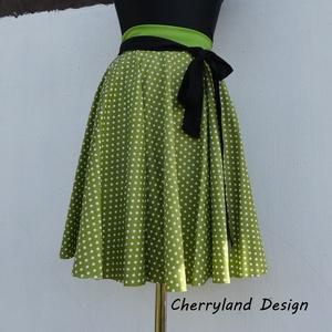 Cherryland Design Moha zöld  pöttyös rockabilly szoknya., Táska, Divat & Szépség, Női ruha, Ruha, divat, Szoknya, Varrás, Moha Zöld pöttyös Rockabilly  szoknya\nKlasszikus stílusú  vidám szoknya. pöttyös pamutvászonból kész..., Meska
