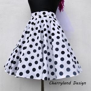Cherryland Design Fehér alapon fekete pöttyös Rockabilly szoknya./Alsószoknyával., Táska, Divat & Szépség, Női ruha, Ruha, divat, Szoknya, Esküvői ruha, Varrás, Fehér alapon fekete Pöttyös Rockabilly szoknya/Alsószoknyával\n\nNagy Pöttyös Pamutvászonból  készült,..., Meska