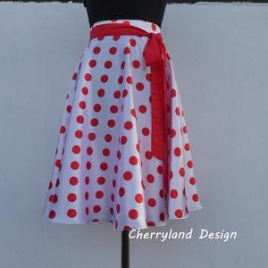 Cherryland Design (Túró Rudi ) fehér alapon piros pöttyös szoknya, Táska, Divat & Szépség, Női ruha, Ruha, divat, Szoknya, Varrás, (Túró Rudi) Rockabilly Pin Up stílusú fehér alapon piros  pöttyös szoknya. \nKlasszikus stílusú vidám..., Meska