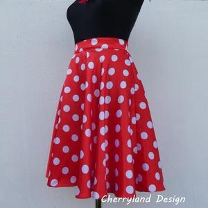 Cherryland Design (Minnie)  rockabilly Pin Up stílusú piros alapon fehér  pöttyös szoknya ., Táska, Divat & Szépség, Női ruha, Ruha, divat, Esküvő, Szoknya, Varrás, Minnie  Rockabilly Pin Up stílusú Piros alapon fehér  pöttyös szoknya \nPöttyös Szaténból készült,  s..., Meska