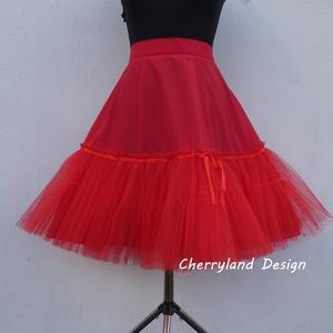 Cherryland Design Piros alsószoknya pörgős szoknyához, Rockabilly stílusú  ruhához), Táska, Divat & Szépség, Ruha, divat, Női ruha, Esküvő, Menyasszonyi ruha, Varrás, Cherryland Design alsószoknya pörgős szoknyához\nKlasszikus Rockabilly stílusú  ruha alá elengedhetet..., Meska