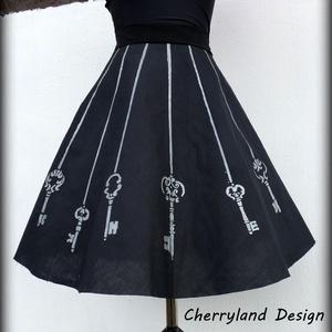 """Cherryland Design Kulcsos Szoknya  /Alsószoknya., Szoknya, Női ruha, Ruha & Divat, Varrás, Festészet, Cherryland Design limitált szériás kollekciójának legújabb darabja. \n\""""Kulcsos\""""Saját tervezésű ,kézze..., Meska"""