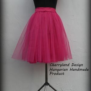 Cherryland Design Pink   Tüll Szoknya˛/ Pink Tulle Skirt, Táska, Divat & Szépség, Ruha, divat, Gyerekruha, Női ruha, Szoknya, Varrás, Cherryland Design Pink  Tüll Szoknya\nEgyedi méretek alapján , megrendelésre készül.\nA szoknya elkész..., Meska