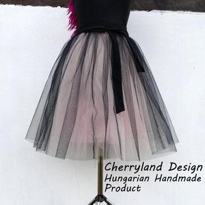Cherryland Design Púder Árnyalat Tüll Szoknya/Tulle Skirt, Táska, Divat & Szépség, Ruha, divat, Gyerekruha, Női ruha, Szoknya, Varrás, Cherryland Design Púder Árnyalat Tüll Szoknya\nEgyedi méretek alapján , megrendelésre készül.\nA szokn..., Meska