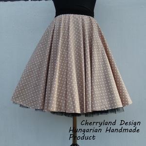Cherryland Design Bézs-Fehér Pöttyös Rockabilly Szoknya/ Tüllös Alsószoknyával., Ruha & Divat, Női ruha, Szoknya, Varrás, Cherryland Design Bézs-Fehér pöttyös rockabilly szoknya / Tüllös Alsószoknyával\n\nKlasszikus stílusú ..., Meska
