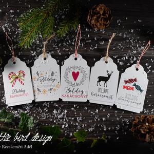 Karácsonyi kísérőkártya csomag verz.1., Dekoráció, Otthon & lakás, Ünnepi dekoráció, Karácsony, Ajándékkísérő, Fotó, grafika, rajz, illusztráció, Papírművészet, Karácsonyi kísérőkártya csomag:\n\nA csomagtartalma:\n- 5 db 10,5x6,5 cm 200 g-os művészpapírból, egyed..., Meska