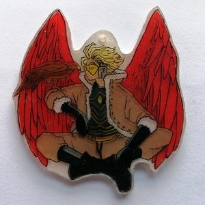Hawks - BNHA karakter - zsugorfólia - nyaklánc medál, táskadísz, kulcstartó, Ékszer, Medál, Táska, Divat & Szépség, Kulcstartó, táskadísz, Zsugorka, A Bokuno Hero Akadémia kedvelt karakterjét küldöm el a vásárlónak, melyet nyakláncra, bőrláncra lehe..., Meska