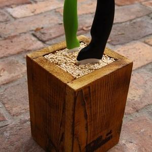 """Késtartó, Konyhafelszerelés, Otthon & lakás, Famegmunkálás, Rusztikus késtartó, (1-5 db kés tárolására).\nRusztikus \""""doboz polc\"""" fából. A fa textúrája a speciáli..., Meska"""