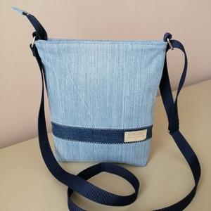Világos- sötétkék utcai cipzáras farmer táska vállon átvethető, Táska & Tok, Kézitáska & válltáska, Vállon átvethető táska, Varrás, Egyszerű, szolid utcai farmer táska. Vállon átvethető fazon, fülének hossza állítható. Kényelmes vis..., Meska