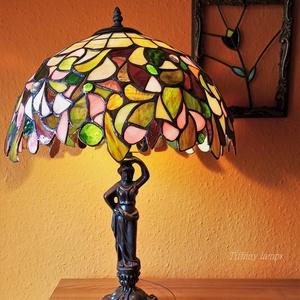 Tiffany lámpa.  58  cm magas. Egyedi darab, üveg, nem műanyag! , Otthon & Lakás, Lámpa, Asztali lámpa, Üvegművészet, 58 cm magas tiffany lámpa. , Meska