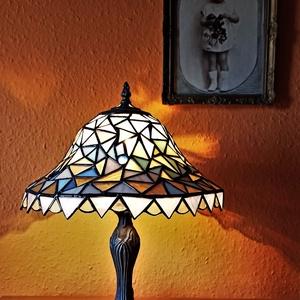Tiffany lámpa.  , Otthon & Lakás, Lámpa, Asztali lámpa, Üvegművészet, Egyedi darab. 45 cm magas., Meska
