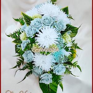 Virágtál Jég-kék rózsák és Fehér Krizantémok Mindszentek, Halottak napjára vagy megemlékezésre ajánlom, Otthon & Lakás, Dekoráció, Koszorú, Virágkötés, Virágtál Jég-kék rózsák és Fehér Krizantémok Mindszentek, Halottak napjára vagy megemlékezésre ajánl..., Meska