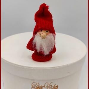 Karácsonyi Manó  135111., Karácsony & Mikulás, Varrás, Karácsonyi Manó  135111.\nMérete: 8cmx4,5cm, Meska