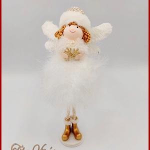 Karácsonyi álló Tollas Tündér Fehér színű 133351., Karácsony & Mikulás, Karácsonyi dekoráció, Varrás, Karácsonyi álló Tollas Tündér Fehér színű 133351.\nMérete: 22cmx10cm, Meska