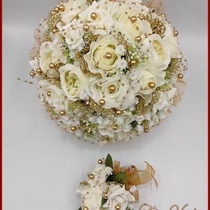 Fehér rózsák- arany díszítéssel örök-csokor kitűzővel, Esküvő, Menyasszonyi- és dobócsokor, Virágkötés, Fehér rózsák- arany díszítéssel örök-csokor kitűzővel\nEgy téli esküvőre is ajánlom vagy arany lakoda..., Meska