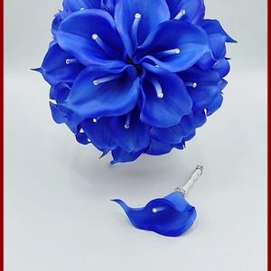 30 virágos Király-kék kálás örök-csokor + kitűzővel, Esküvő, Menyasszonyi- és dobócsokor, Virágkötés, 30 virágos Király-kék kálás örök-csokor + kitűzővel\nSpeciális gumiból készült virágok.\nStrasszos-köv..., Meska