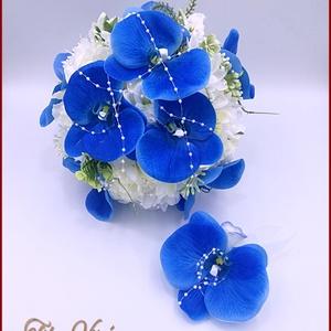 Kék orchideás-fehér rózsával, dália, iszalaggal díszített örök-csokor+kitűzővel, Esküvő, Menyasszonyi- és dobócsokor, Virágkötés, Kék orchideás-fehér rózsával, dália, iszalaggal díszített örök-csokor+kitűzővel\nÁtmérője: 24cm\nMagas..., Meska