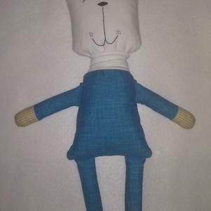 Textil mackó , Gyerek & játék, Játék, Baba játék, Plüssállat, rongyjáték, Varrás, Ajánlom ezt a macit egészen pici kortól a nagyobbacskáig. Az arca pamut jersey, hímzéssel készítette..., Meska