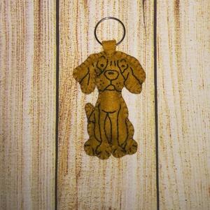 Vizsla kulcstartó vagy táskadísz , Táska & Tok, Kulcstartó & Táskadísz, Kulcstartó, Gyapjúfilcből készült ez a jópofa vizsla kulcstartó vagy táskadísz. Pelenkaöltéssel varrtam, vatelin..., Meska