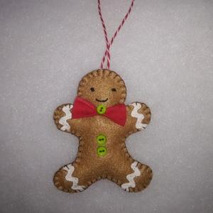 Filc, karácsonyi, Mézi, mézeskalács dísz , Karácsony & Mikulás, Karácsonyfadísz, Filcből készült ez a cuki Mézi dísz. Pelenkaöltéssel varrtam, vatelinnal tömtem. Mérete kb. 9x7 cm. ..., Meska