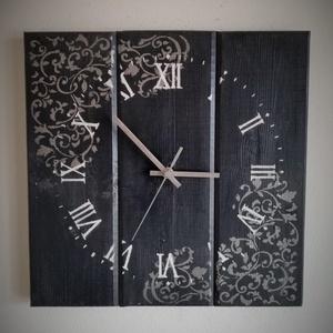 Falióra - fekete idő, Lakberendezés, Otthon & lakás, Falióra, óra, Konyhafelszerelés, Dekoráció, Famegmunkálás, Festett tárgyak,  Az óra csendes járású óraszerkezetet tartalmaz. A felfogatásához egy darab kampó van a hátuljára er..., Meska