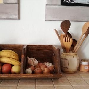 Gyümölcs és zöldség tároló, Lakberendezés, Otthon & lakás, Konyhafelszerelés, Tárolóeszköz, Doboz, Famegmunkálás, A tároló új csiszolt fából van készítve, majd ökológiai lakkal lakkozva. Nagyon praktikus ez a konyh..., Meska