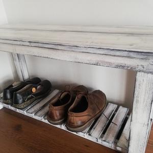 Pad - cipő pad , Pad, Bútor, Otthon & Lakás, Famegmunkálás, Festett tárgyak, A  pad egy eredeti vintage stílusú kiegészítő, jellegzetesen patinázott, hogy vintage hatást keltsen..., Meska