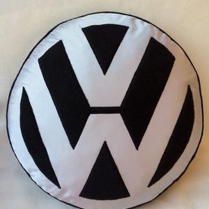 Volkswagen logós párna (Timike7) - Meska.hu