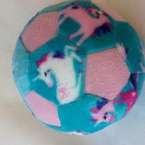 Unikornis labda, Babalabda, 3 éves kor alattiaknak, Játék & Gyerek, Varrás, Nagyon puha welsoft és polár anyagból készült labda , a gyerekek kedvence , igazán csajszis ! \n\nMére..., Meska